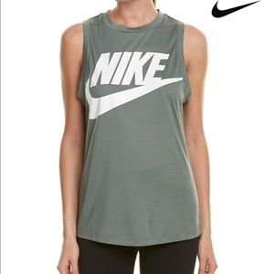 New Nike Essential Muscle Tank